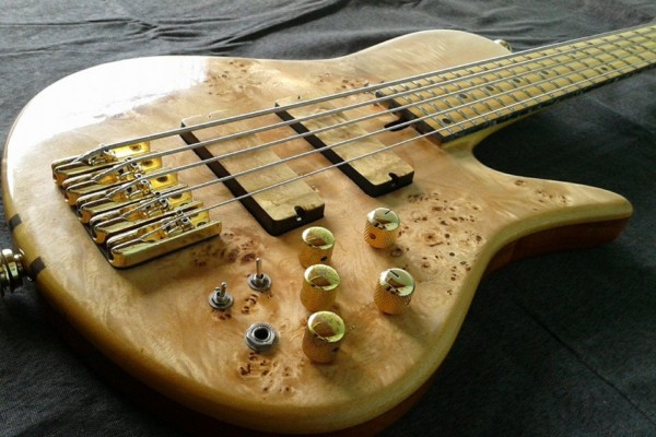Bass of the Week: Amazon Custom Bass Imperial 5