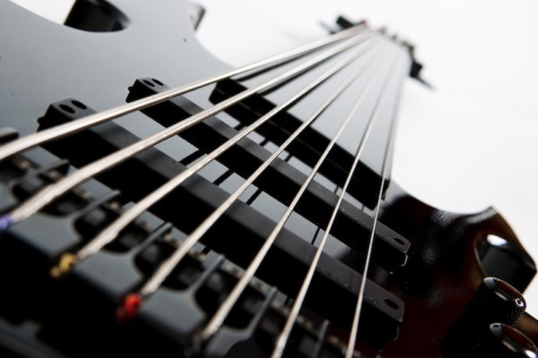 Bass of the Week: Ramos Guitars Gotham