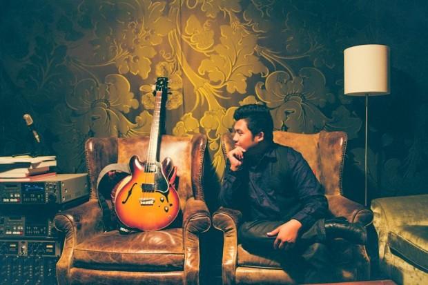 Eric Fortaleza with his 1959 Gibson EB-2 Bass
