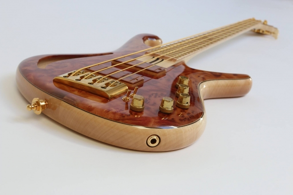 Bass of the Week: Luthman Basses Lady M 10th Anniversary I