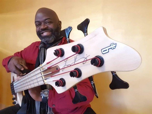 Larry Kimpel with Combe-Luthier LK5 Signature Bass