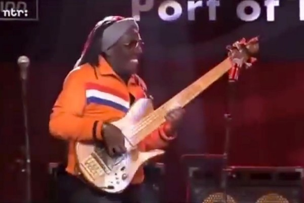 Richard Bona: Live Bass Solo