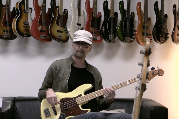 "MarloweDK: ""Shining Star"" Bass Playalong"