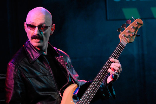 Groove – Episode #17: Tony Levin