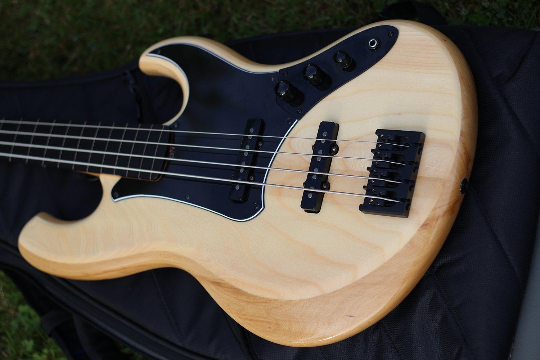 AMJ Fretless Bass Body