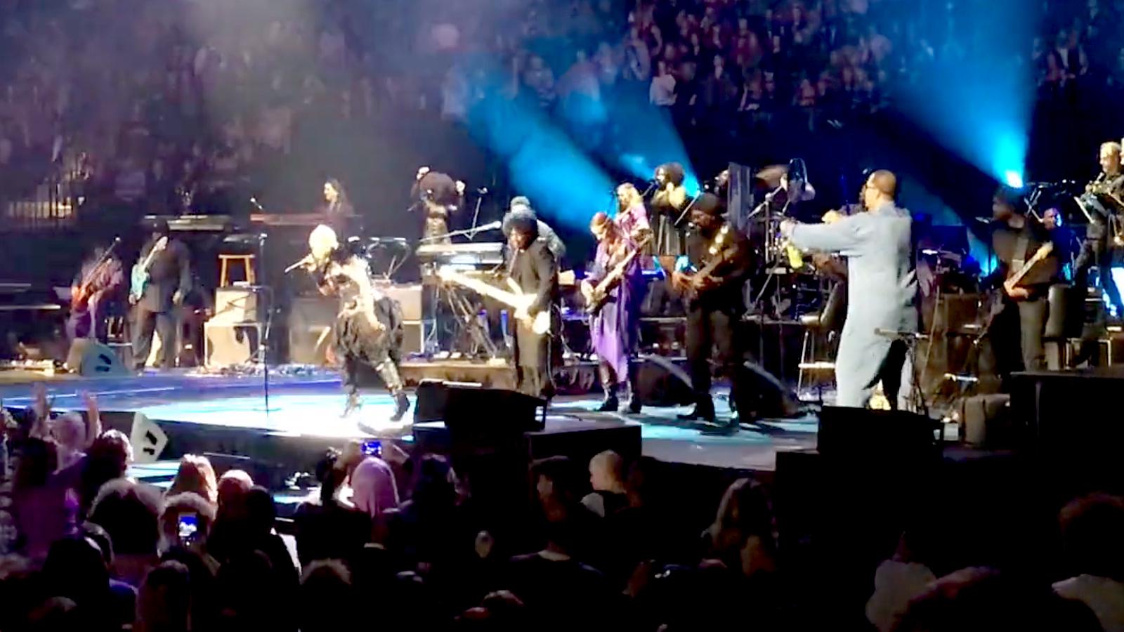 Prince's Bassists: Musicology – No Treble