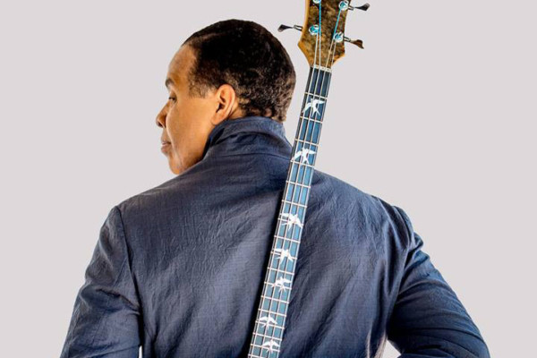 Stanley Clarke Brings Tour Back to U.S., Teases New Album
