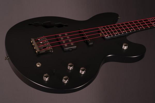 Bass of the Week: BNJ Guitars Hex 4