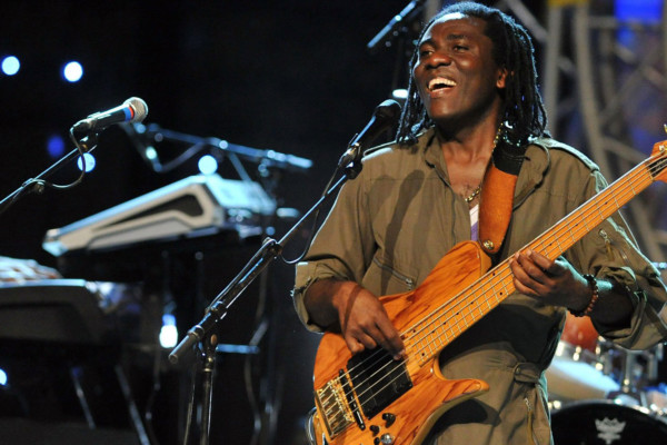 Groove – Episode #27: Richard Bona