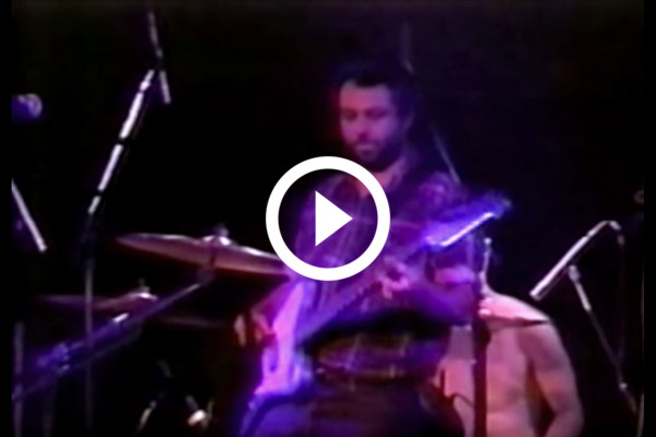 Mike Watt with Dave Grohl and Eddie Vedder: Walking The Cow