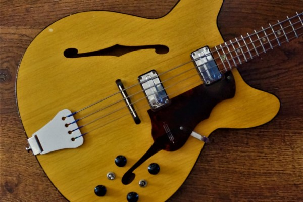 Old School: 1964 Egmond Princess Bass