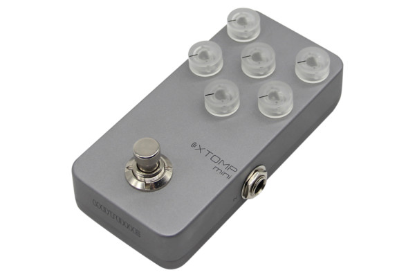 Hotone's New XTOMP mini: 140 Classic, Vintage & Modern Effects for Guitar, Bass & More