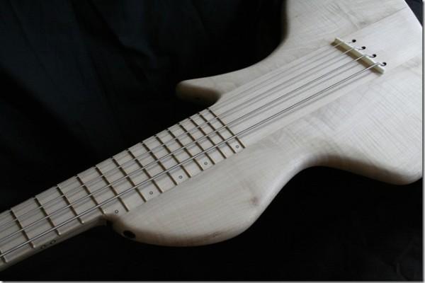 Bass of the Week: AJR Guitarmods Psilos Bass