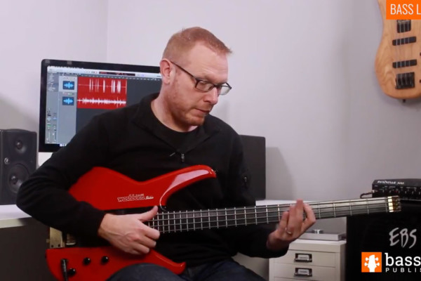 Stuart Clayton: Up-Tempo Slap Groove Bass Lick Exercise