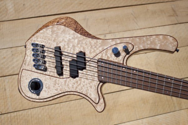Bass of the Week: Bassline Re-Belle Series 5 Multiscale Multilayer