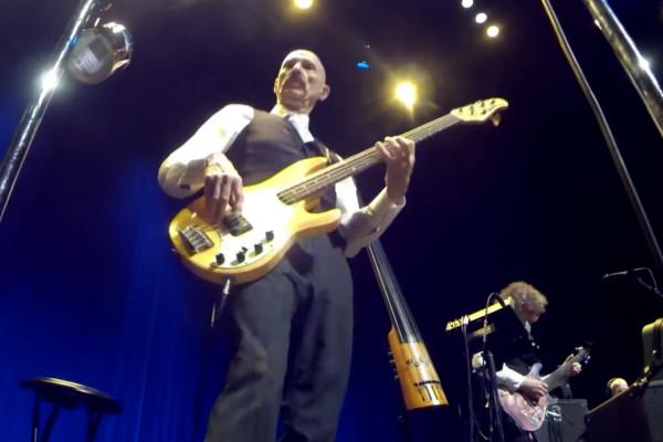 King Crimson: 21st Century Schizoid Man (Live)