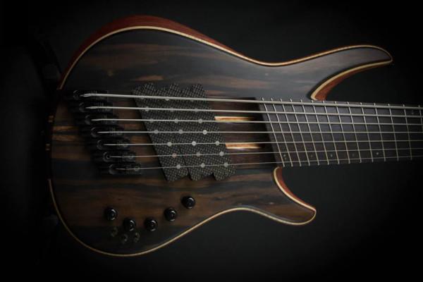 Bass of the Week: Aviator Guitars Bomber 7