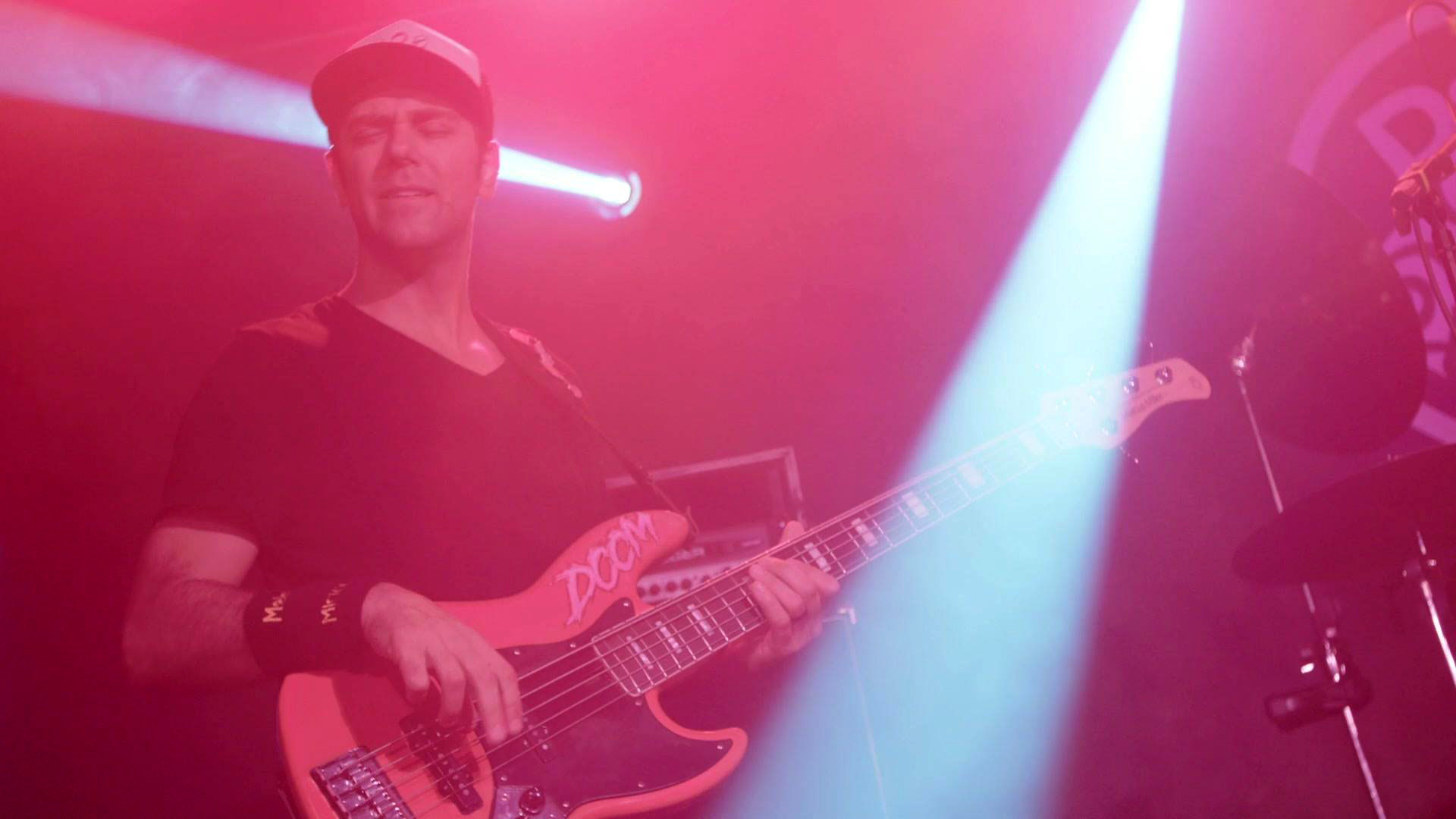 Ryan Stasik and Doom Flamingo Announce Tour Dates, New Single