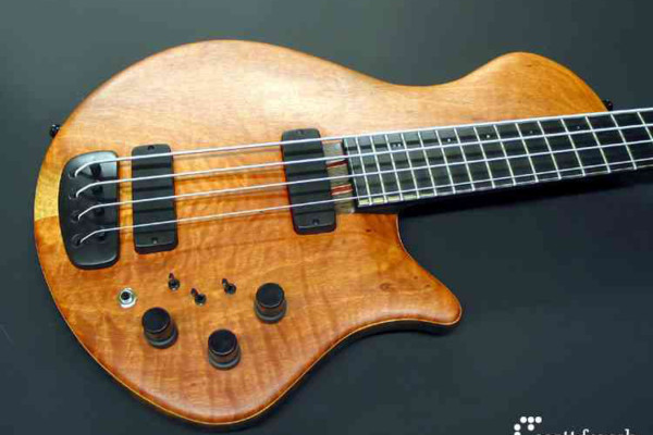 Bass of the Week: Scott French Instruments SF4