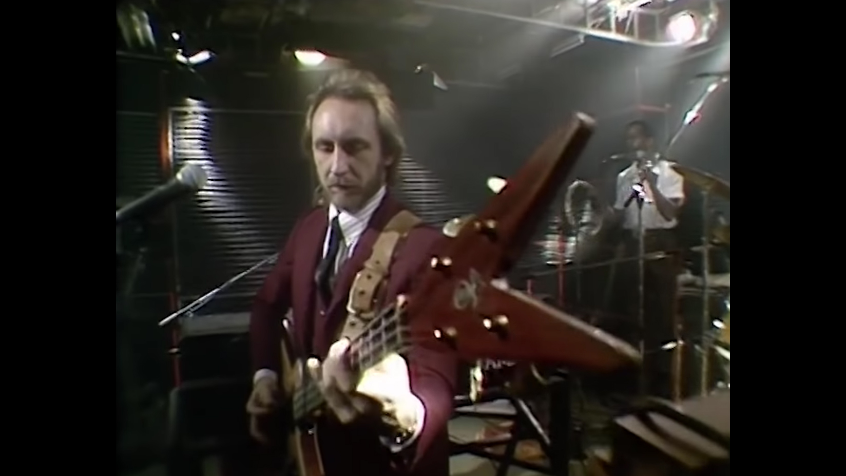 John Entwistle with Rick Wakeman And His Band: Twist and Shout