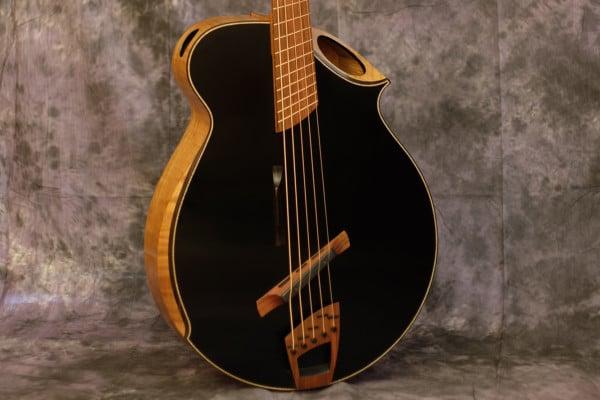 Bass of the Week: OJ Guitars BrummBass