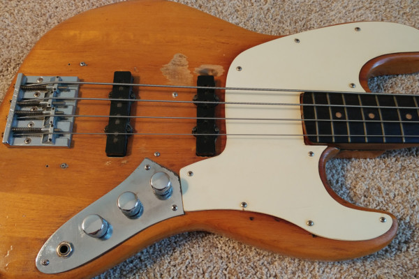Old School: 1965 L Series Fender Jazz Bass with 60's Precision Neck