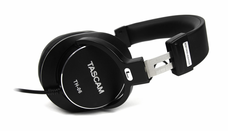 TASCAM TH-06 Bass XL Headphones angle