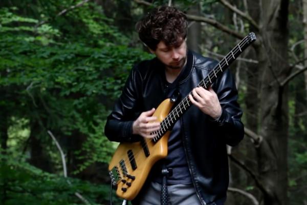 Zander Zon: The Avengers (Solo Bass)