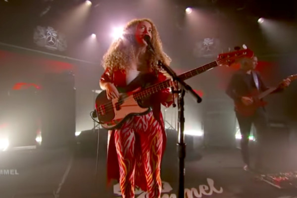 Tal Wilkenfeld: Killing Me (Jimmy Kimmel Live Performance)