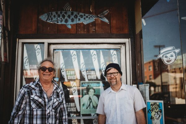 Mike Watt Announces New Project with Todd Congelliere