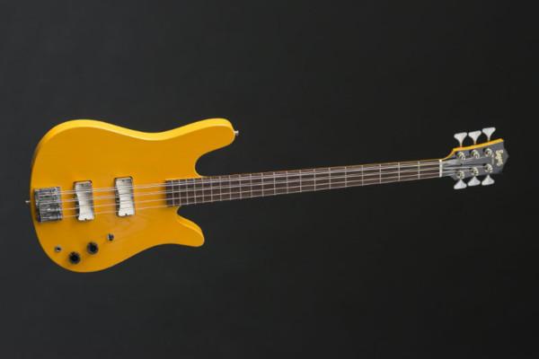 Bass of the Week: Seger Guitars 6-String DC Bass