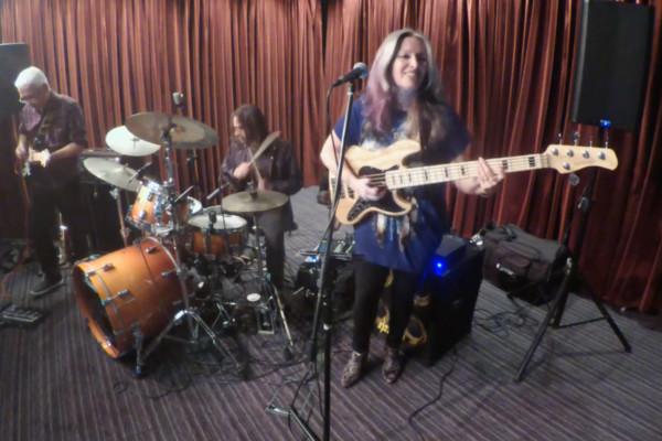 Rebecca Johnson Band: Car Wash
