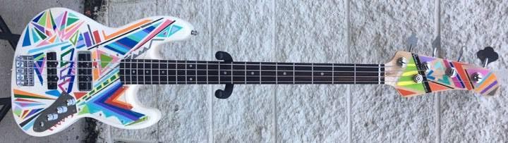 Gamma Bass Guitars Starburst