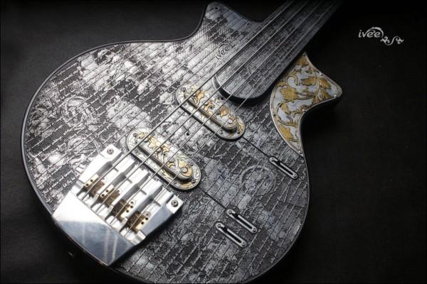 """Bass of the Week: iVee Guitars """"TTT Bass"""" Misery 3030"""