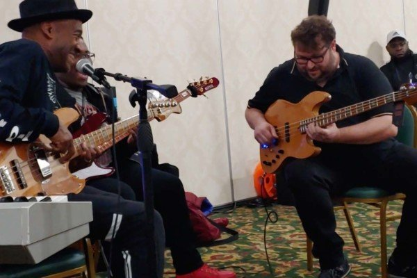 """Marcus Miller, Jason Leopold and Federico Malaman: """"What's Going On"""" Jam"""