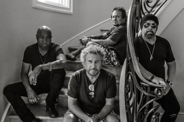 Sammy Hagar & The Circle Announce Tour with Whitesnake