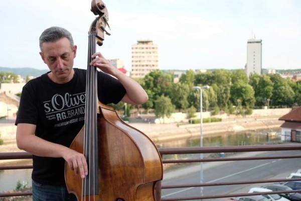 Nenad Vasilic: Ti bi hteo pesmom da ti kazem