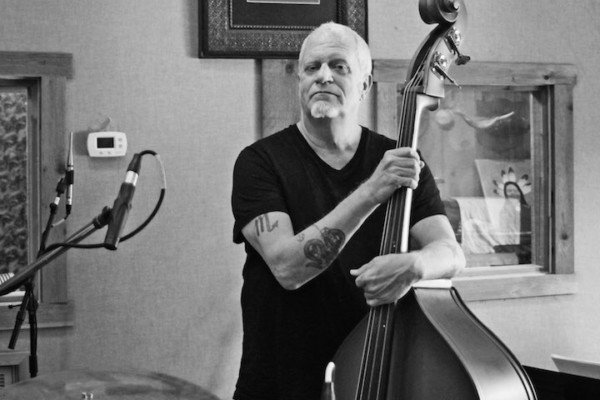 Bass Players To Know: Dave Roe