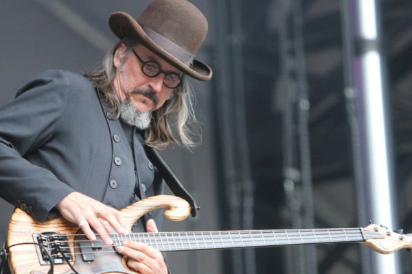 2020 Reader Favorite Bassists – #8: Les Claypool