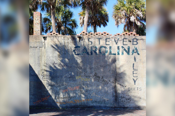 """Steve Bailey Releases Jaw-Dropping Duets Album, """"Carolina"""""""