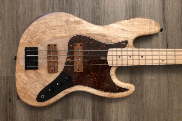 """Bass of the Week: LeCompte Electric Bass JSS-4 """"Barefoot Cobbler"""""""