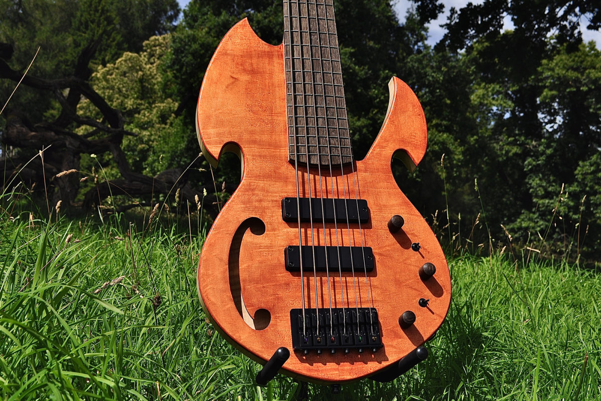 Manton Customs Titan 6-String Bass Body