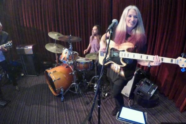 Rebecca Johnson Band: Kiss