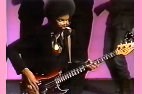 Louis Johnson: Bass Solo with Billy Preston