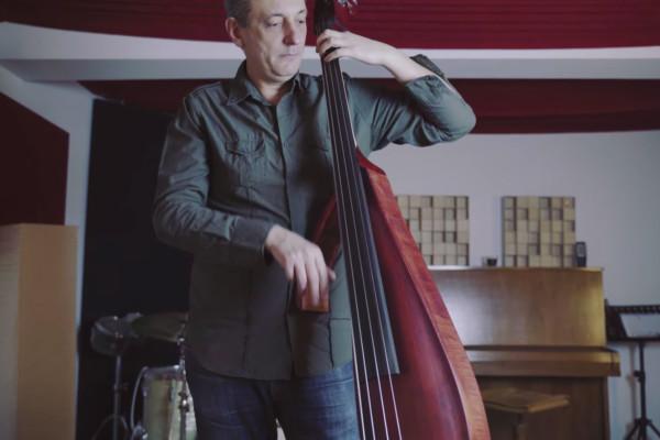 Nenad Vasilic: Roberto's Blues