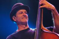 Bass Players To Know: Mark Schatz