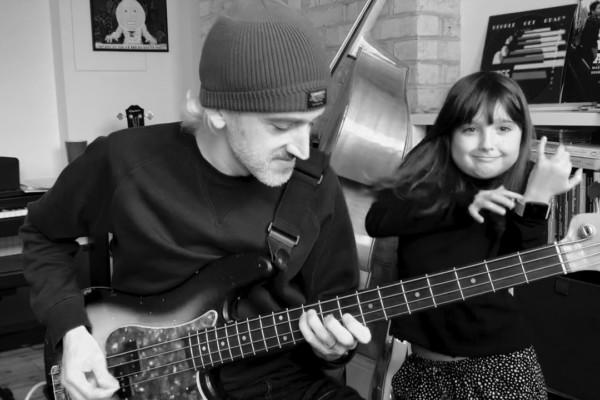 Andrew McKinney: Funky Carol Kaye Pick Bass
