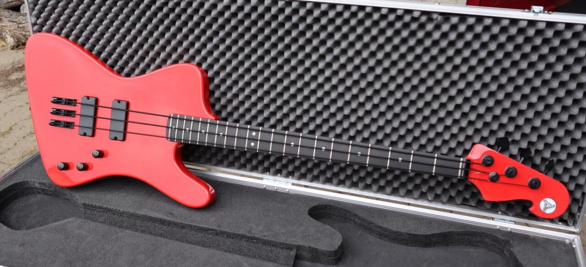Hot Wire Bass Funderbird III