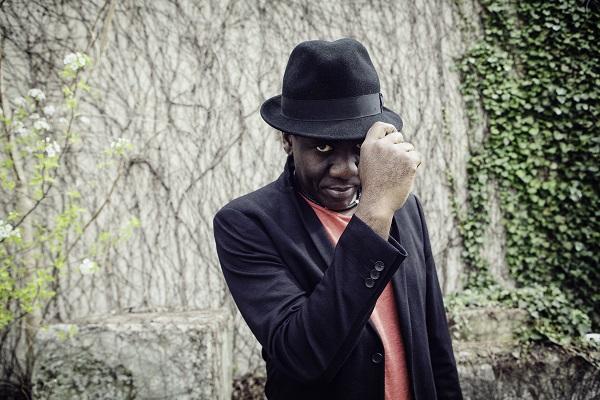 Richard Bona to Perform with Nu Deco Ensemble