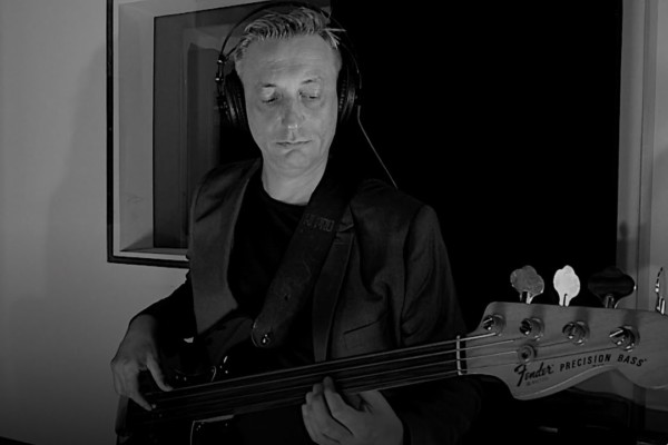 Nenad Vasilic: Ej Salasi Na Severu Backe (Bass & Strings)